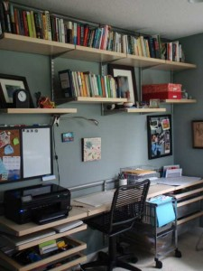 image of an organized office